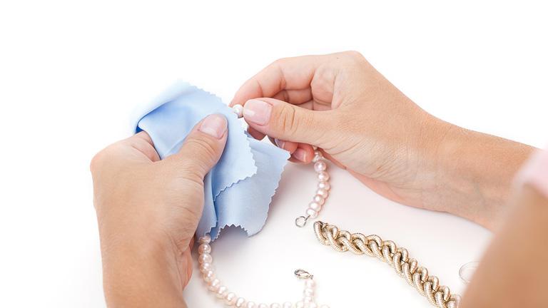 como limpiar joyeria de plata
