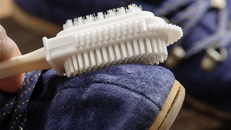 Como limpiar zapatos de gamuza