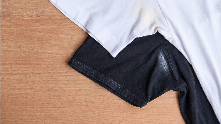 Formas de quitar las mancha de desodorante en la ropa