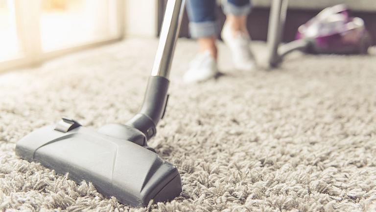 como limpiar la alfombra