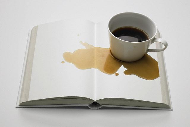 mancha de un libro