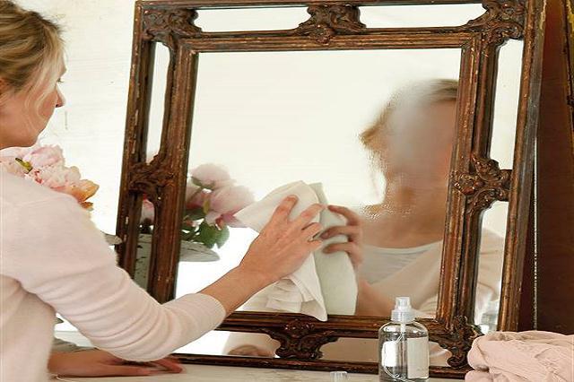 manchas en el espejo