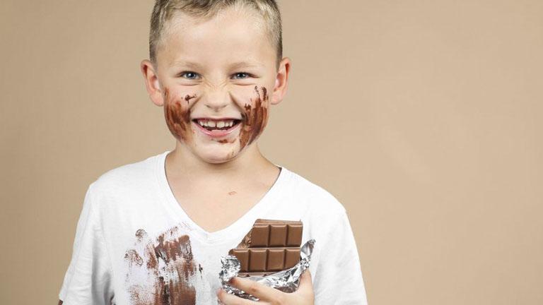 Trucos para eliminar manchas de chocolate